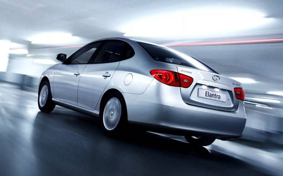 Hyundai elantra j4