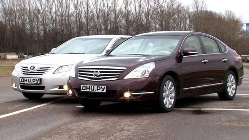 Вечный спор бизнес-класса: Nissan Teana или Toyota Camry