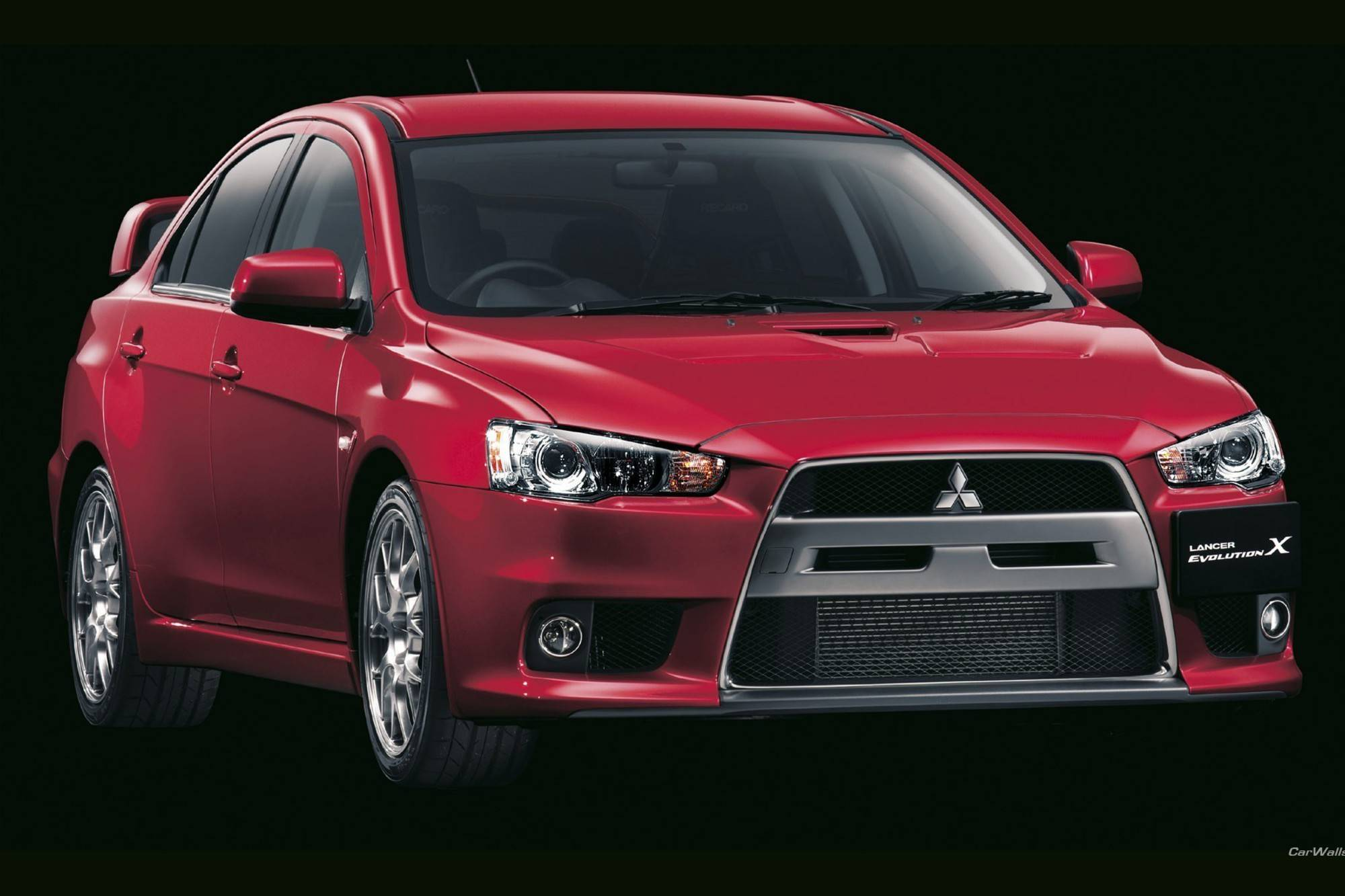 Вечная война: Honda Accord VII или Mitsubishi Lancer X