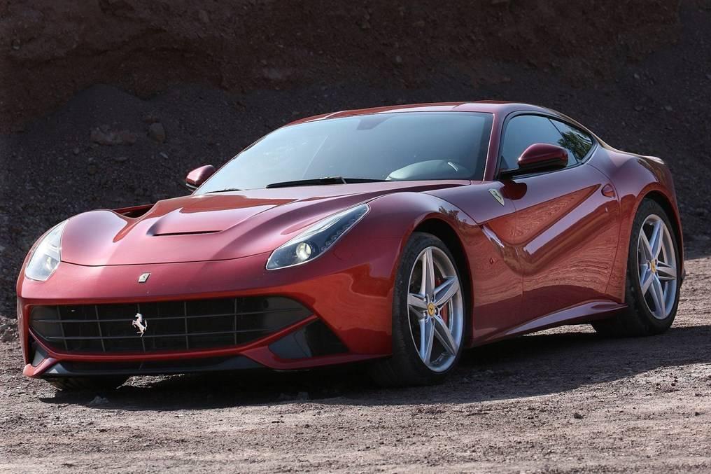 Ferrari f12 berlinetta покорила сердца гостей женевского автосалона