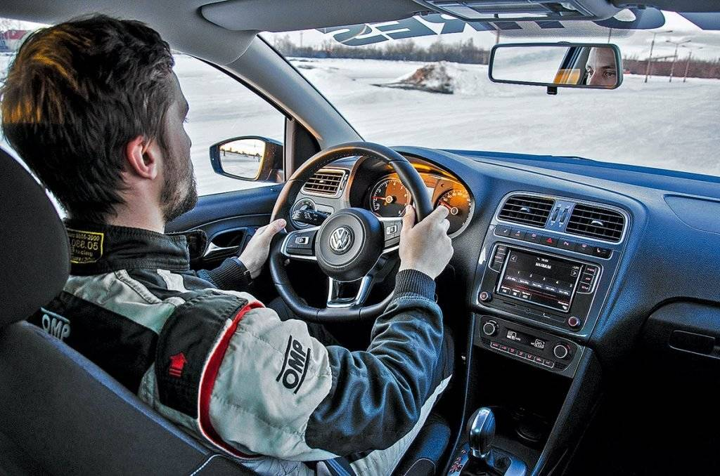 Зимнее вождение. полезные советы по вождению автомобиля зимой.