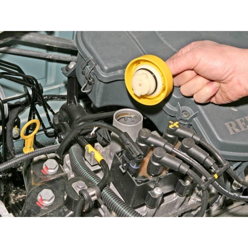 Как поменять масло в двигателе рено логан своими руками?