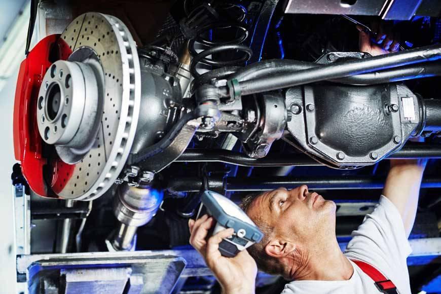 Какие работы входят в диагностику ходовой части автомобиля