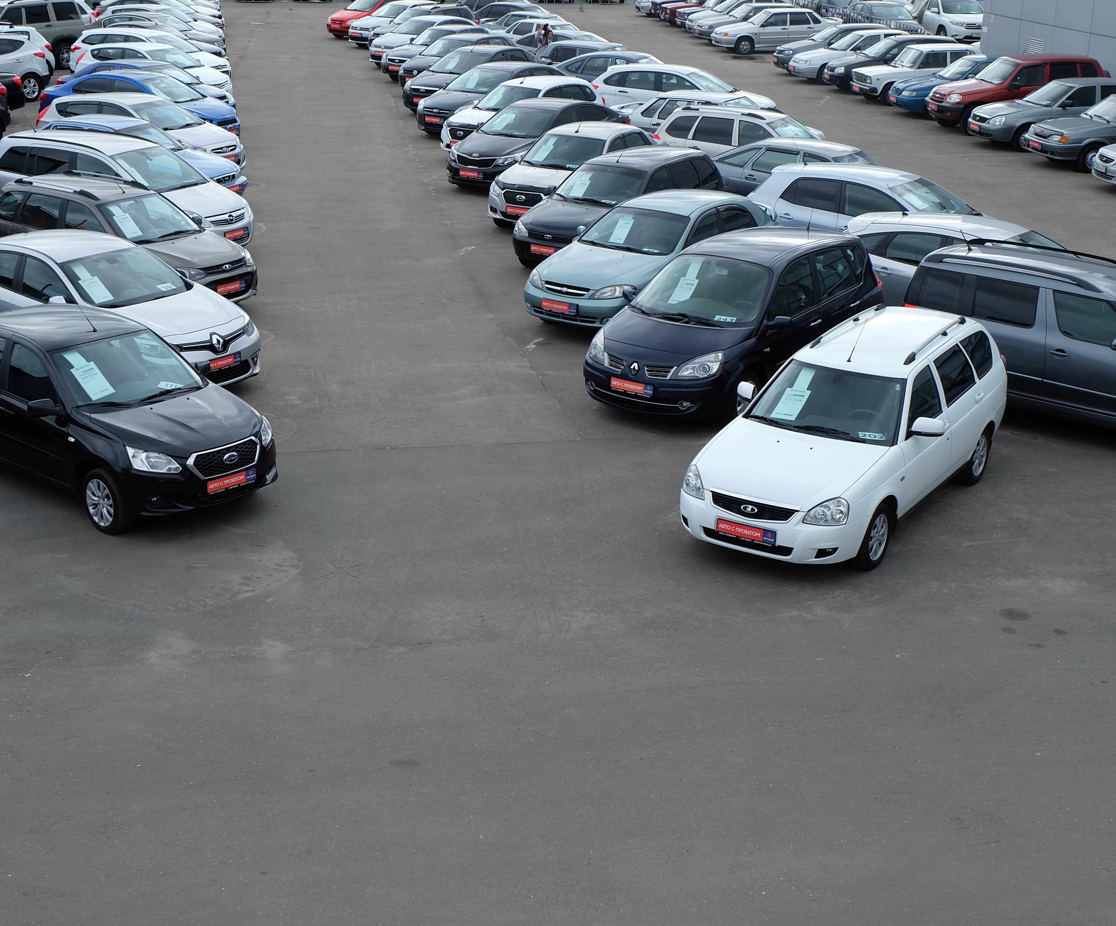 От каких продавцов подержанных машин надо держаться подальше