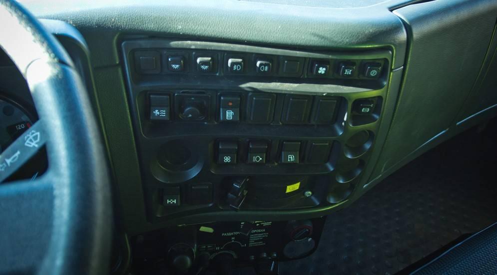 Бортовой автомобиль камаз 6560-6112-43 вездеход