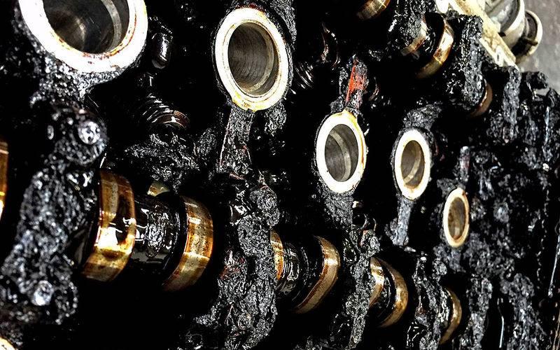 Промывка двигателя перед заменой масла: взвешиваем все за и против