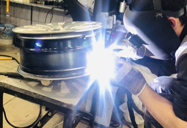 Ремонт литых дисков: восстановление своими руками, ремонт дисков без нагрева