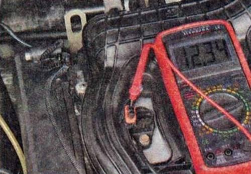 Пропуски зажигания: причины, почему обнаружены на холодную, на холостых в 1,2,3,4 цилиндре. ошибка множественных сбоев воспламенения