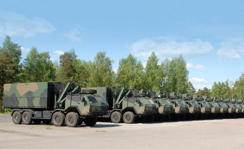 Топ-10 самых надежных и мощных военных грузовиков во всем мире.