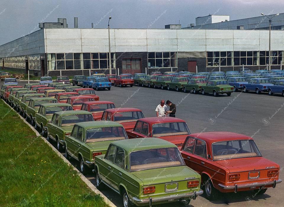5 причин выбрать российское авто вместо иномарки: советы водителям