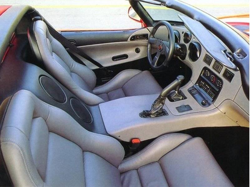 Dodge viper - легендарная модель