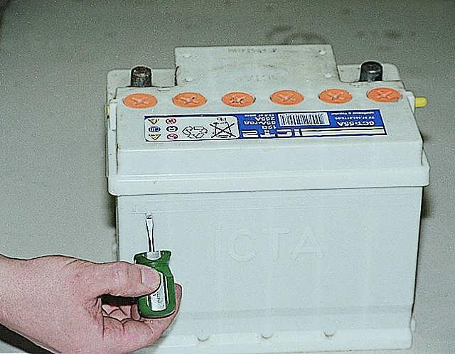 Как правильно ввести в эксплуатацию сухозаряженный аккумулятор