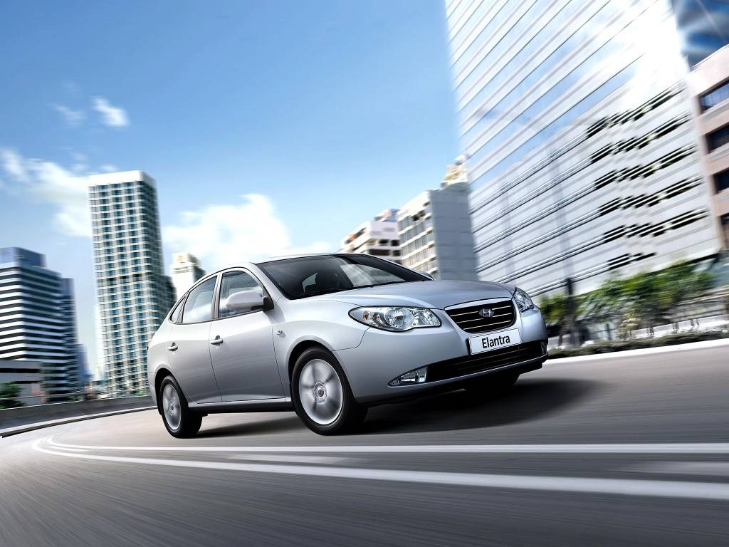 Hyundai elantra - характеристики, комплектации, фото, видео, обзор