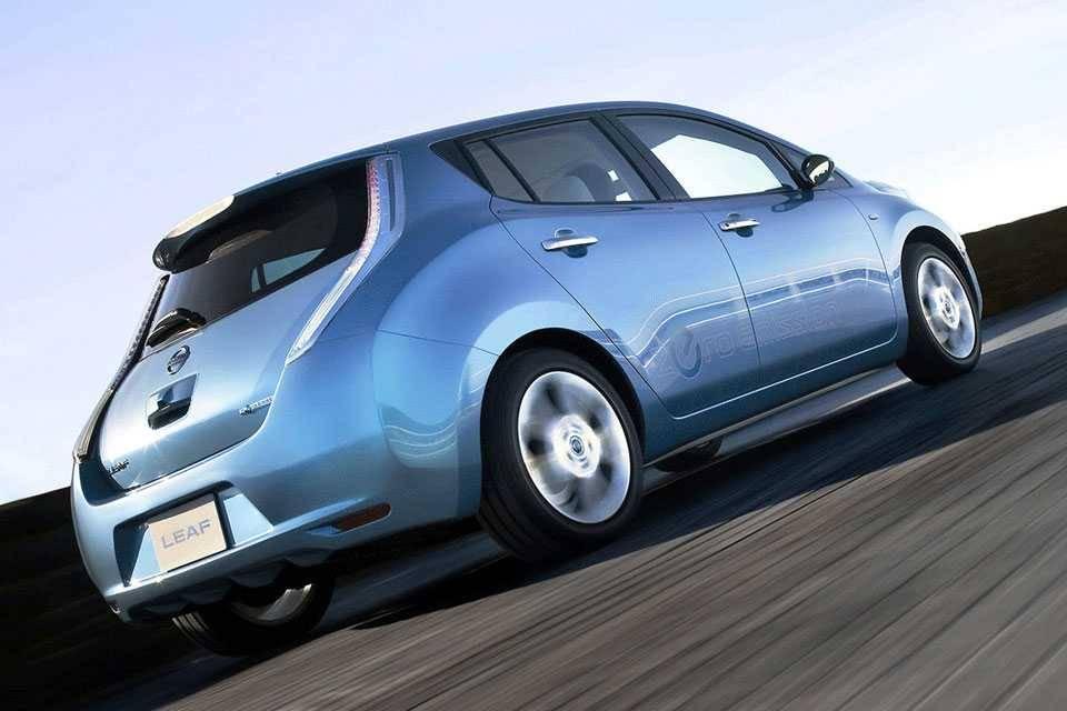 Стоит ли покупать подержанный nissan leaf - описание характеристик, плюсы и минусы электрокара - ecars24.info