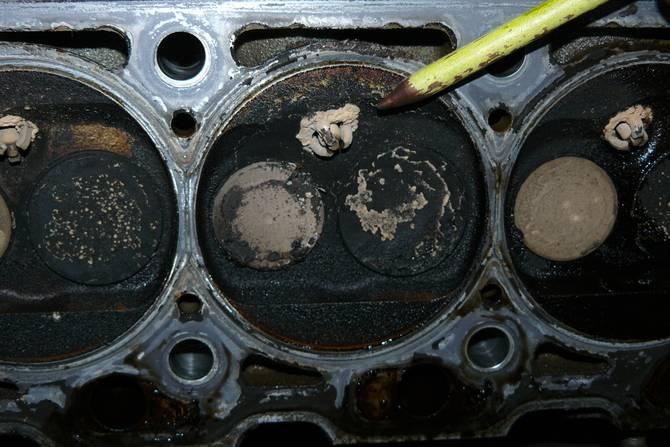 Бензин в масле двигателя: причины, диагностика, ремонт