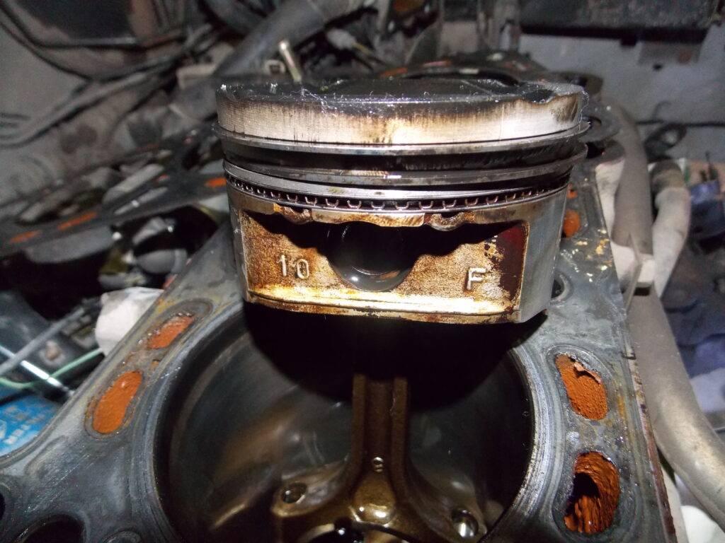 Масло течет из-под масляного фильтра: почему так происходит и что делать водителю