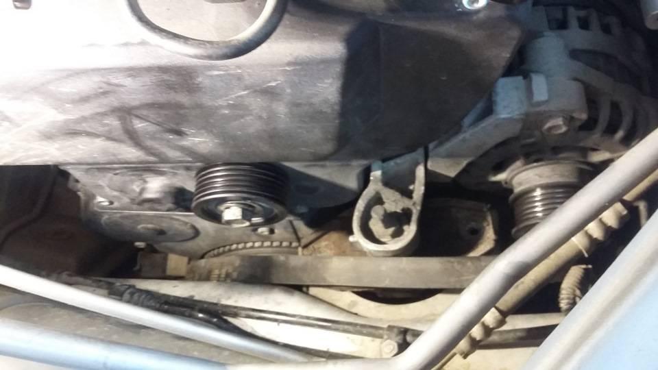 Как заменить и натянуть ремень генератора на lada priora