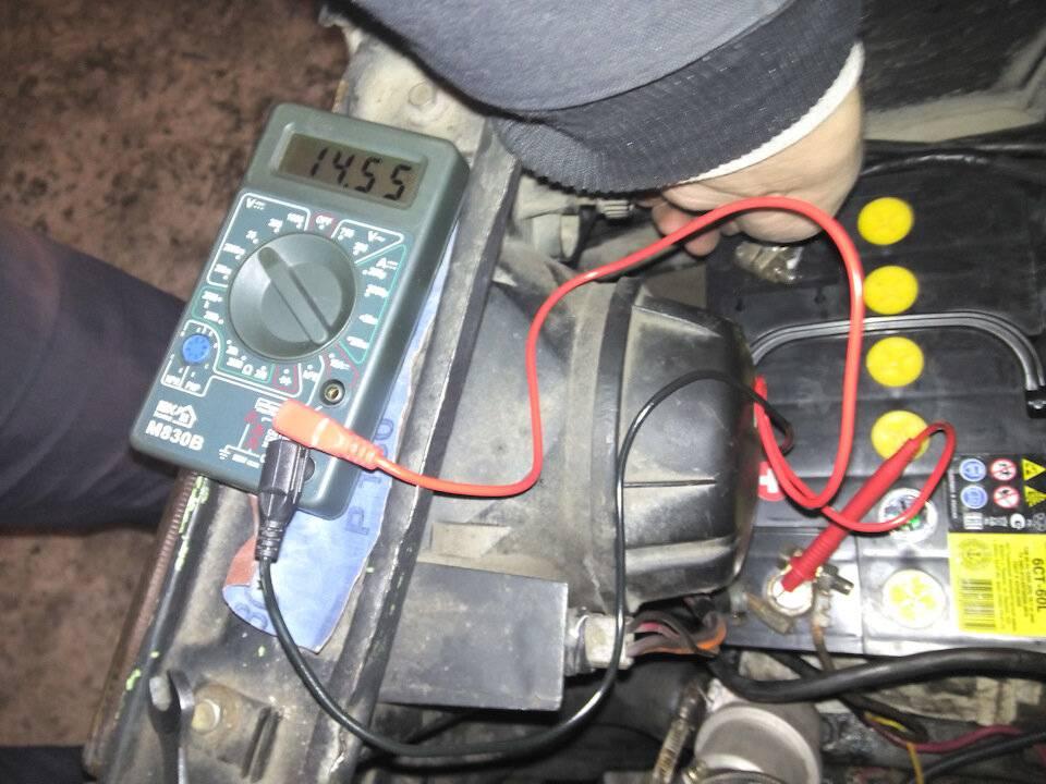 Почему акб автомобиля не заряжается от генератора и как с этим бороться?