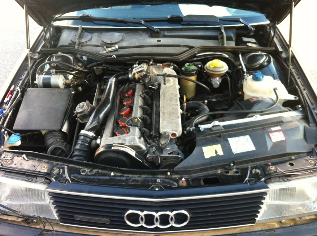 Двигатели audi 100 всех поколений (c1, c2, c3, c4): какие установлены, характеристики, популярные моторы