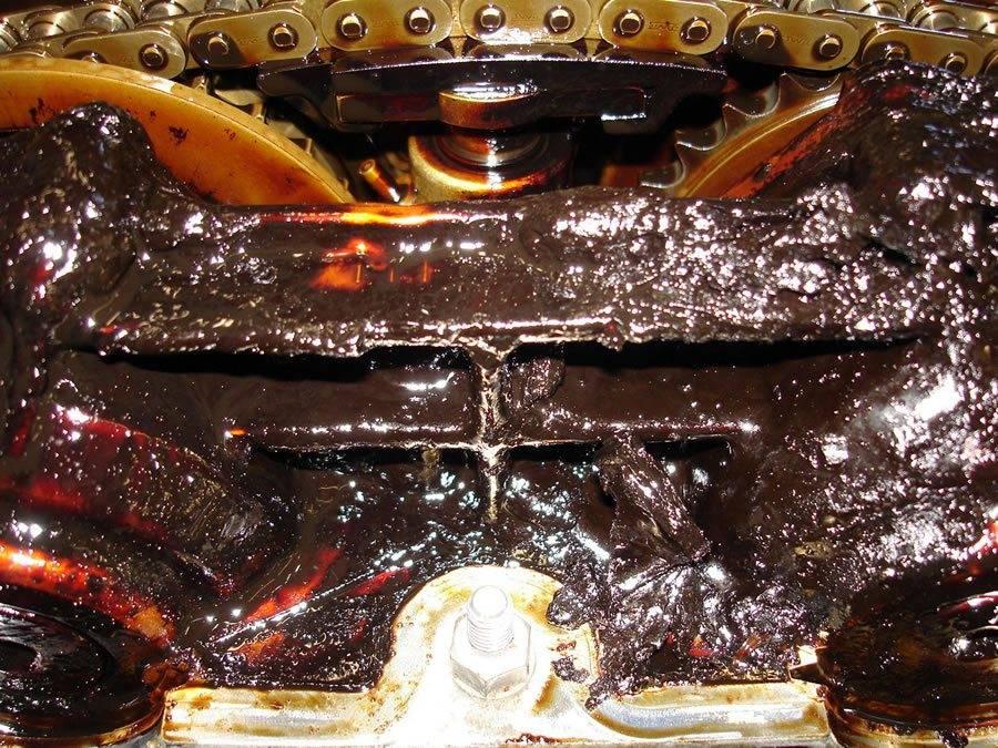 Почему появились проблемы с маслом в двигателе автомобиля: субстанция чернеет, пенится, густеет, сворачивается и прочие неполадки » автоноватор