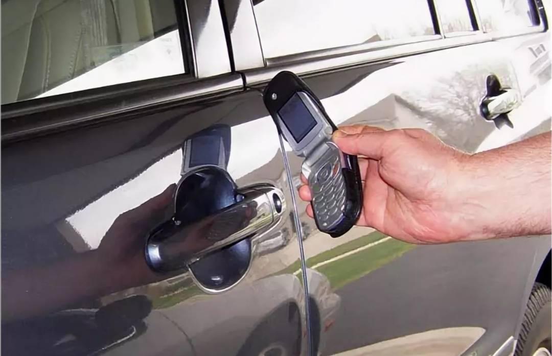 Бой комарам в машине: как сделать фумигатор для автомобиля – авто новости