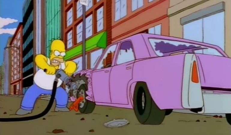 Cимпсономания: пять жутких автомобилей, которые мог придумать только гомер симпсон. cимпсономания: пять жутких автомобилей, которые мог придумать только гомер симпсон гомер симпсон сидит на машине