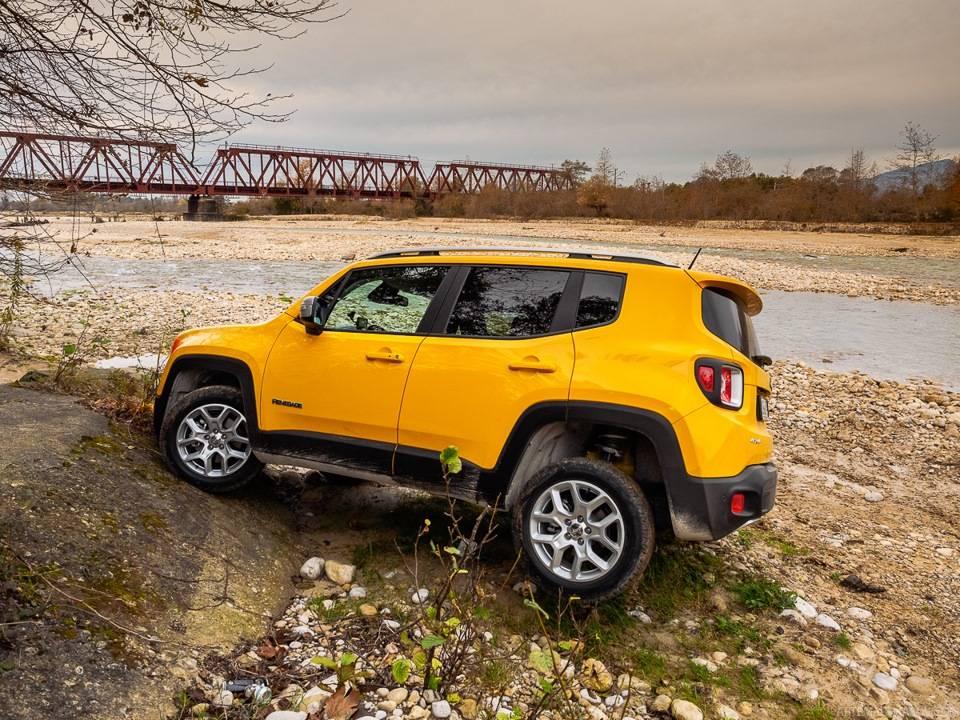Тест-драйв jeep renegade 2.4 trailhawk: на что способен самый маленький «джип»?