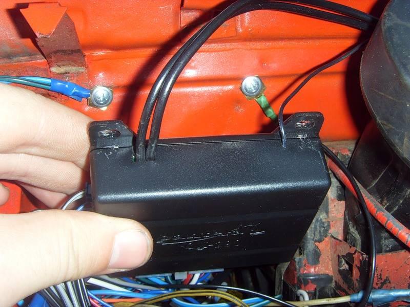 Как отключить сигнализацию на машине полностью: без брелка чтоб завелся двигатель, сигналку от питания, автосигнализацию, своими руками, не выключается, что делать, снять, работает, выключить, пульта,