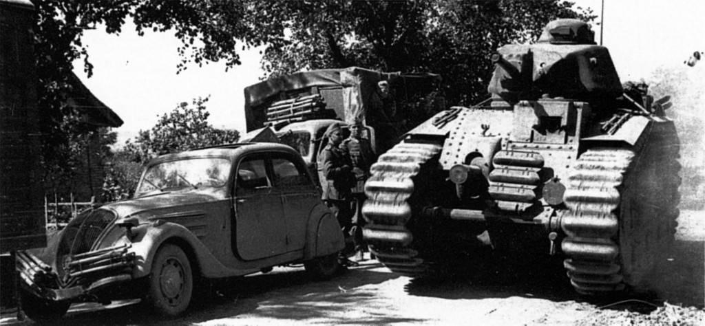 Немецкие войска во времена второй мировой войны делились на два самостоятельных подразделения. ими были сс и вермахт.