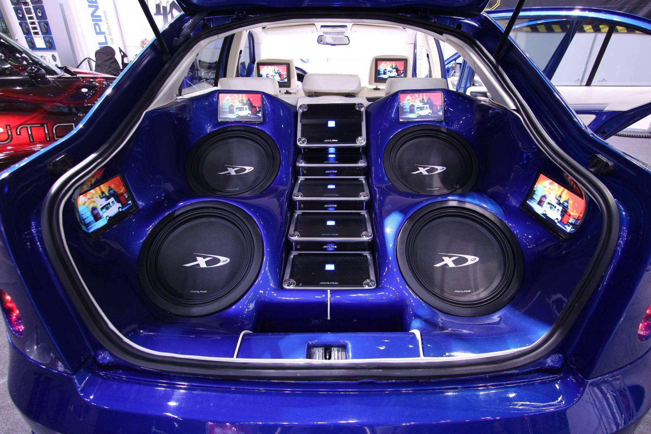Пять автомобилей с обалденным звуком двигателя