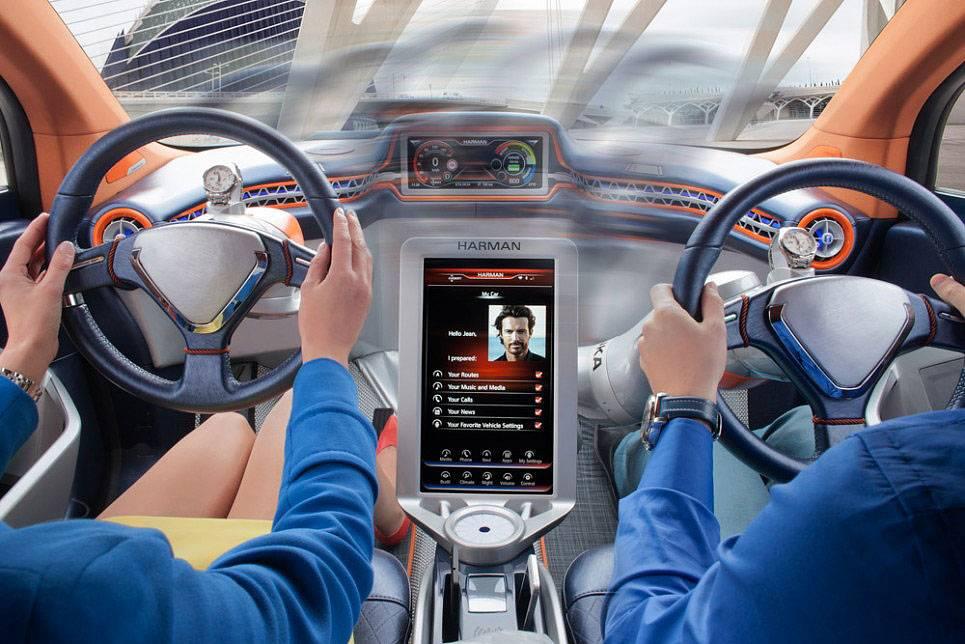 Десять лучших автомобилей, которые притягивают взгляды на дороге