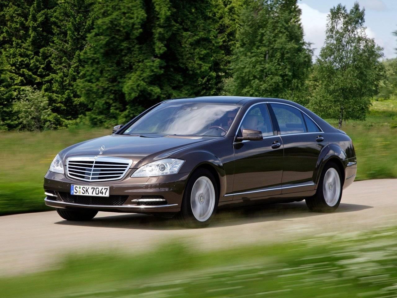 Mercedes Benz S-klasse AMG V: что не так с лимузином из начала 2000-х