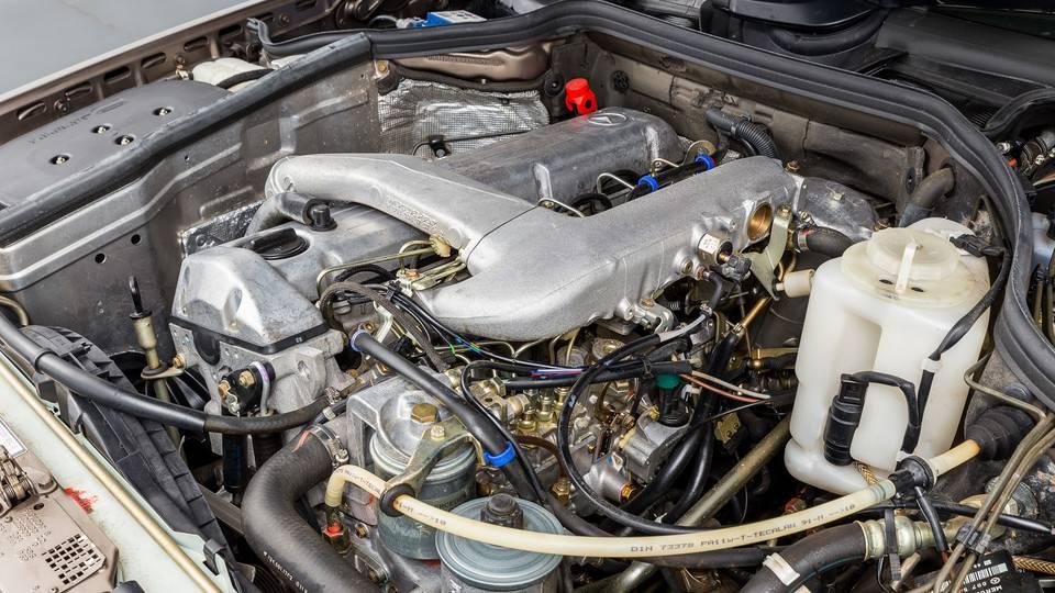 Mercedes-benz w124 с пробегом: какой мотор выбрать, и доживают ли акпп до наших дней. отличительные особенности автомобиля мерседес w124 как определить состояние мотора 102 мерседес 124