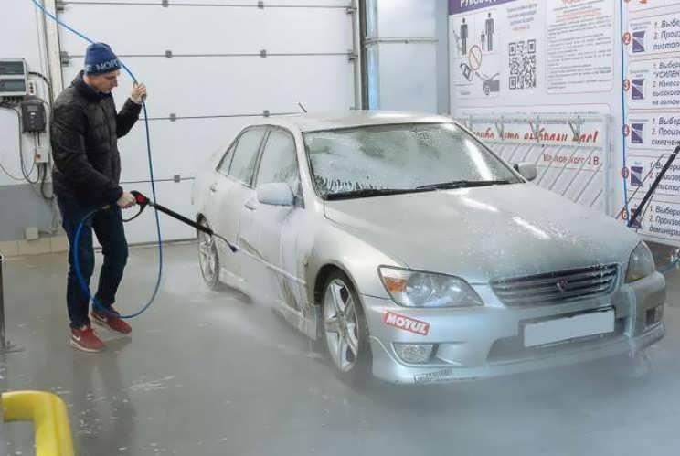 Как эффективно и быстро мыть машину на мойке самообслуживания