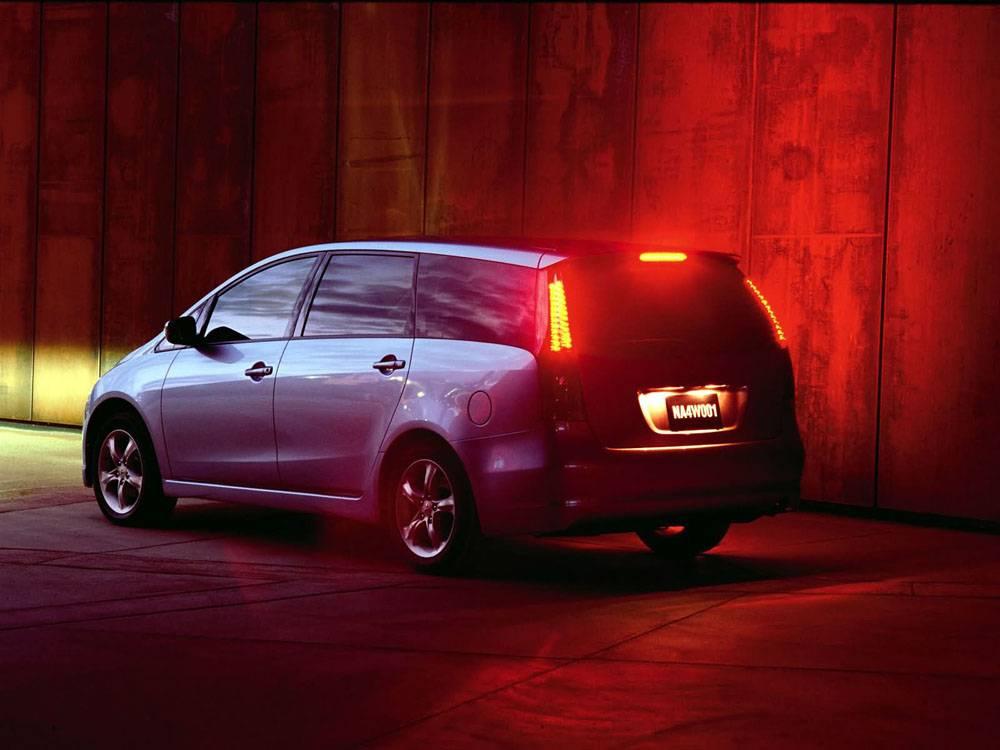 Mitsubishi grandis (митсубиси грандис) - фото, отзывы владельцев, где купить б/у, технические характеристики, салон, расход топлива