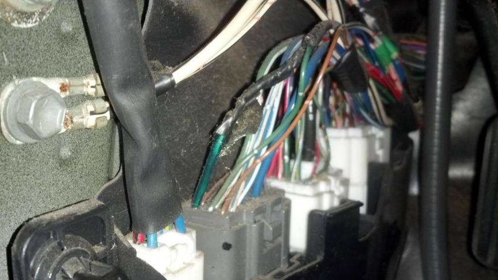 Как отключить сигнализацию на автомобиле полностью: что делать, если не завелся двигатель и как разблокировать его своими руками?