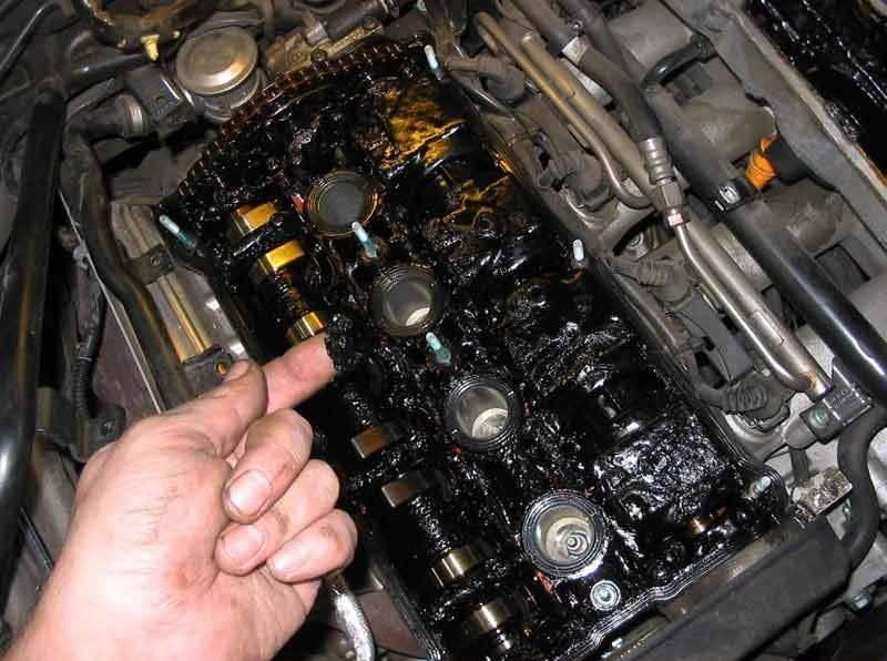 Что будет, если залить дизель в бензиновый двигатель: эксперимент идиота