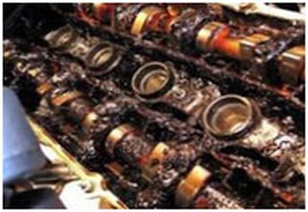 Почему двигатель ест масло, но не дымит: причины - maslo26.ru
