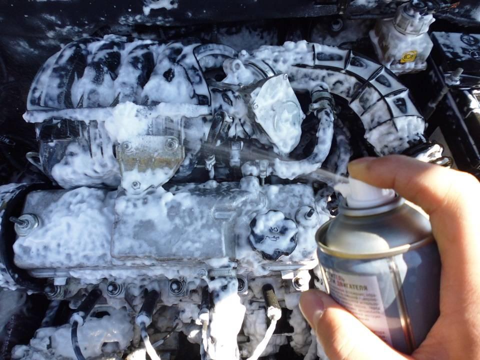 Как помыть двигатель автомобиля в домашних условиях [лайфхак]