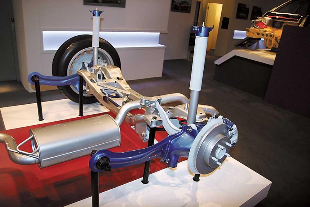 Подруливающие задние колеса автомобиля. четыре на четыре: зачем современным машинам задние подруливающие колеса не только управлением