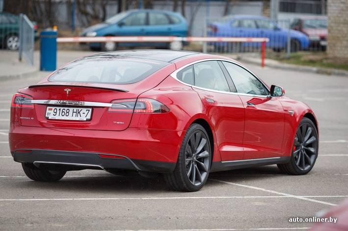 Минские владельцы tesla: «на белорусских дорогах станет больше электромобилей, когда запустится белаэс»