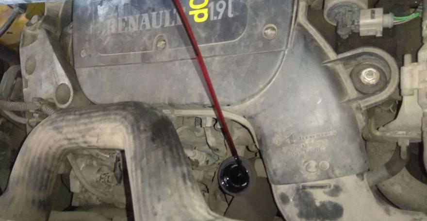 Замена моторного масла и фильтра в рено логан: когда и как менять