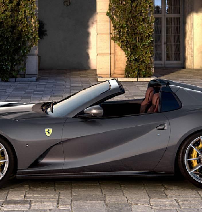Ferrari 812 gts (2021) review: drop-top v12 vs winter   car magazine