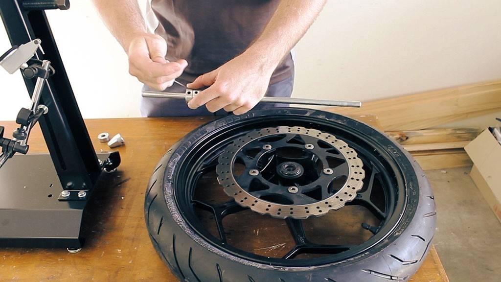 Балансировка колес: что это, зачем ее делают своими руками и на сто
