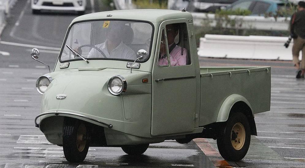 «без одного колеса»: самые известные трехколесные автомобили, которые вошли в историю мирового автопрома. часть 2