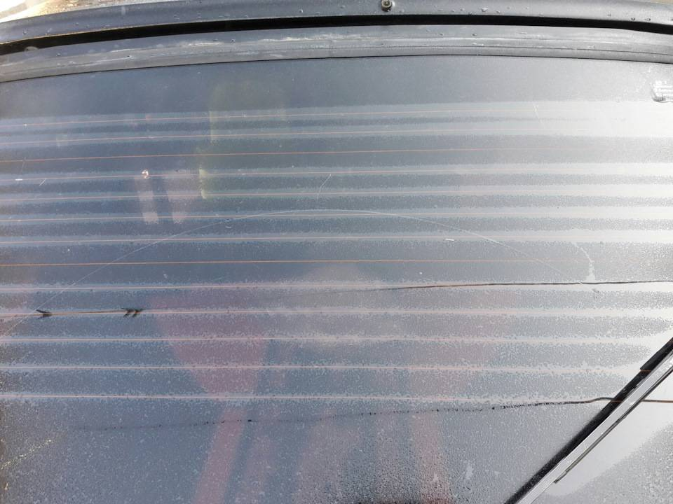 Заменяем обогреватель заднего стекла кузова