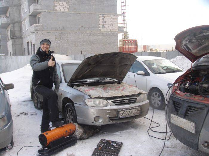 Как правильно прогревать машину во дворе, чтобы не получить штраф: закон и реальность