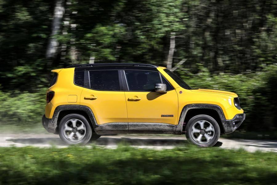 Jeep везет в россию обновленный renegade
