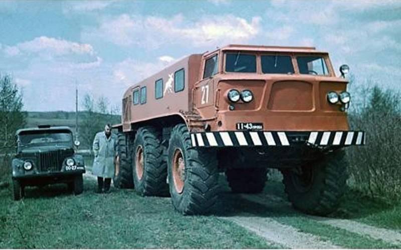Автомобили для бездорожья. снегоход зил-э167