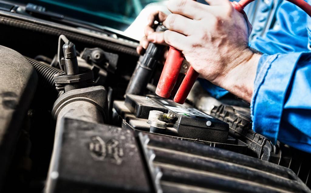 Как продлить жизнь аккумулятору автомобиля зимой. зимний лайфхак: как продлить жизнь своему аккумулятору. правильная эксплуатация - долгий срок службы аккумулятора